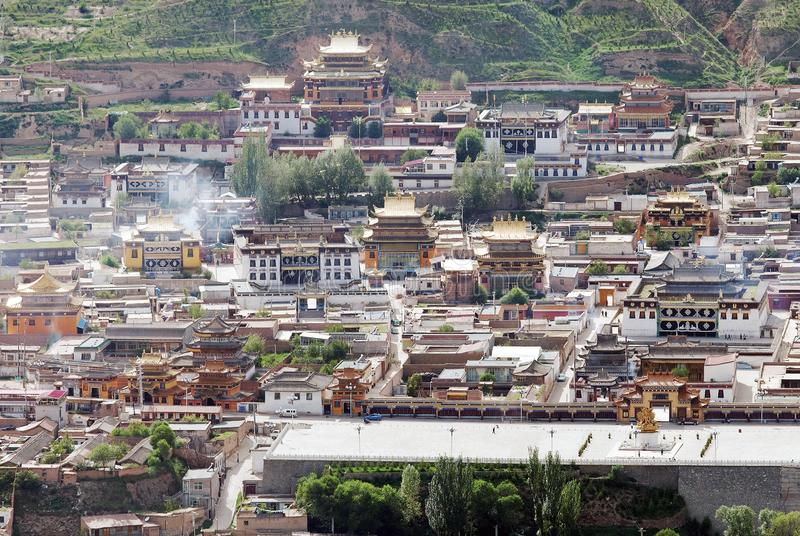 Tongren-Kloster, Longwu-Kloster - Huangnan lizenzfreies stockfoto