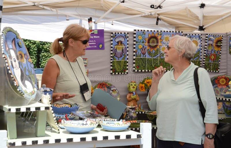Toni Mann bij de Markt van de Kunst van Ann Arbor royalty-vrije stock foto's
