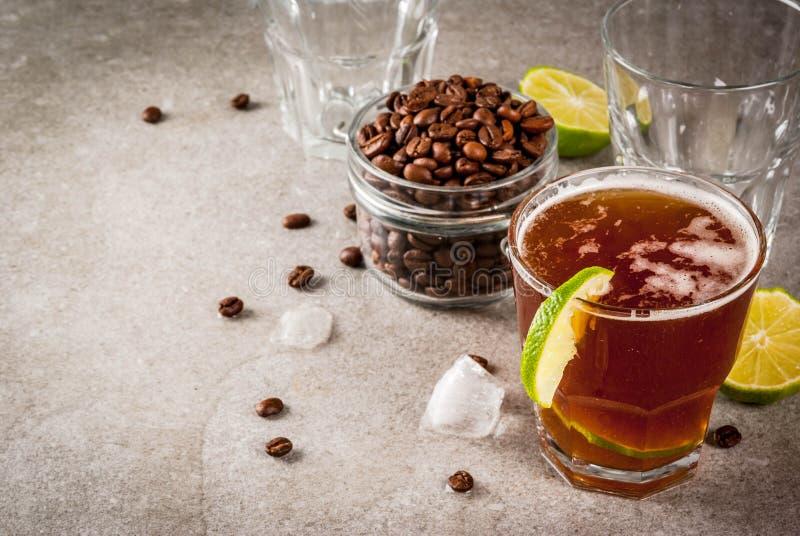 Tonisches Getränk des Espressos lizenzfreies stockfoto