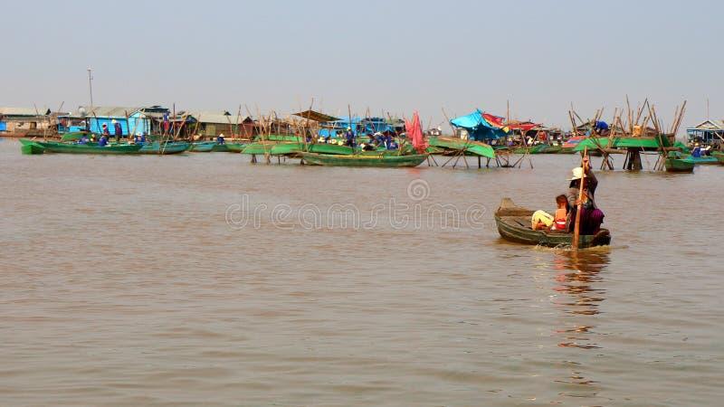 Tonle aprosza, Kambodża obrazy stock