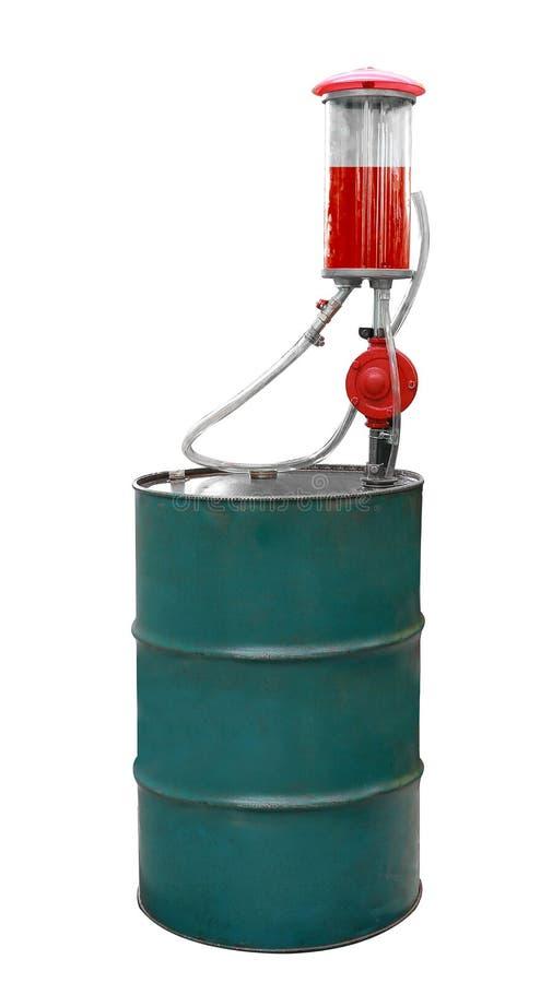 Tonneau à huile de pompe à essence ou, pompe à main, tube de verre et essence rouge d'isolement sur le fond blanc image stock
