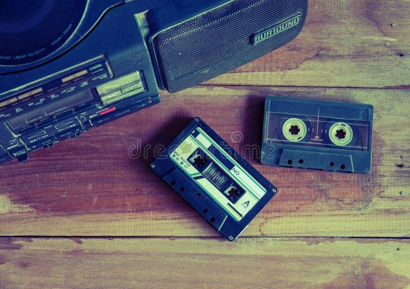 tono del color del vintage de la cinta y del jugador de casete fotografía de archivo libre de regalías
