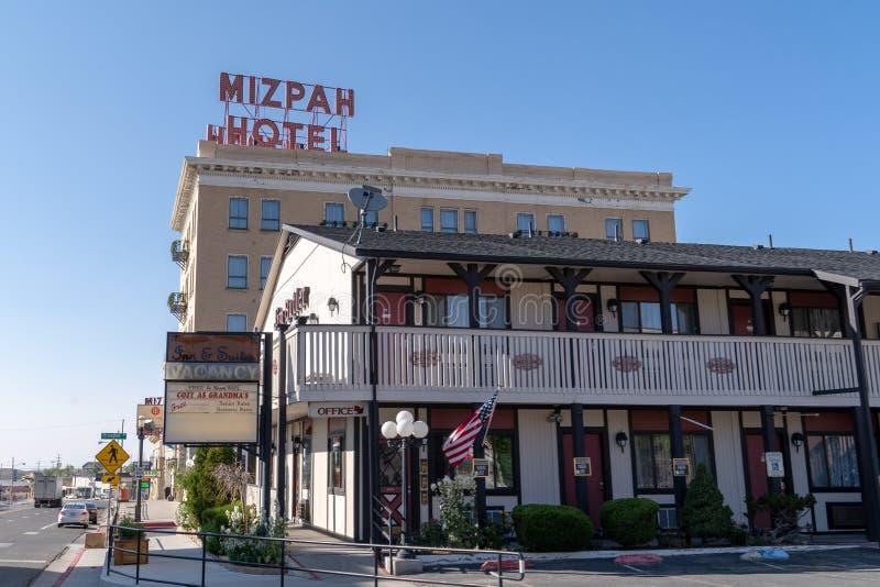 TONOPAH, NV: Ξενοδοχείο Mizpah μια ηλιόλουστη ημέρα Το ξενοδοχείο είναι υποτιθέμενο για να συχναστεί στοκ φωτογραφία με δικαίωμα ελεύθερης χρήσης