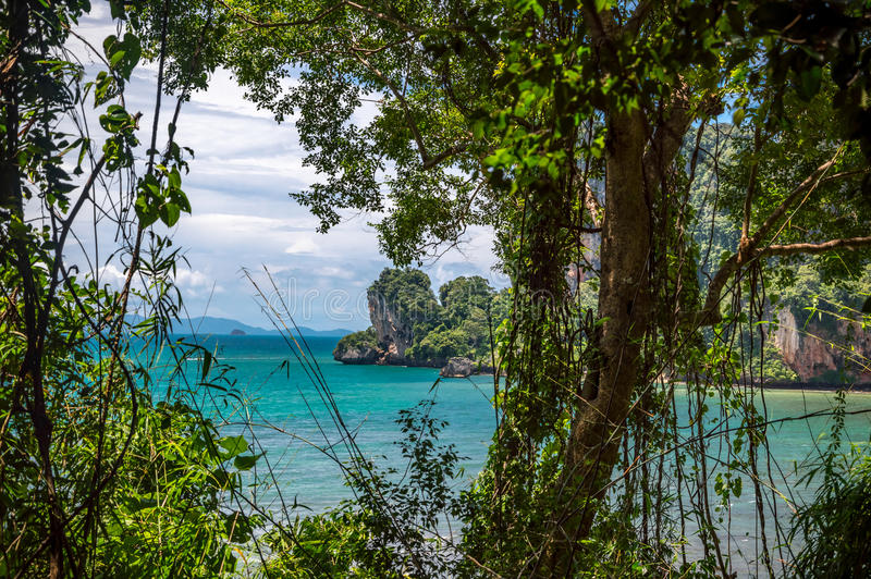 Tonsai海滩在Railay,泰国 免版税库存照片