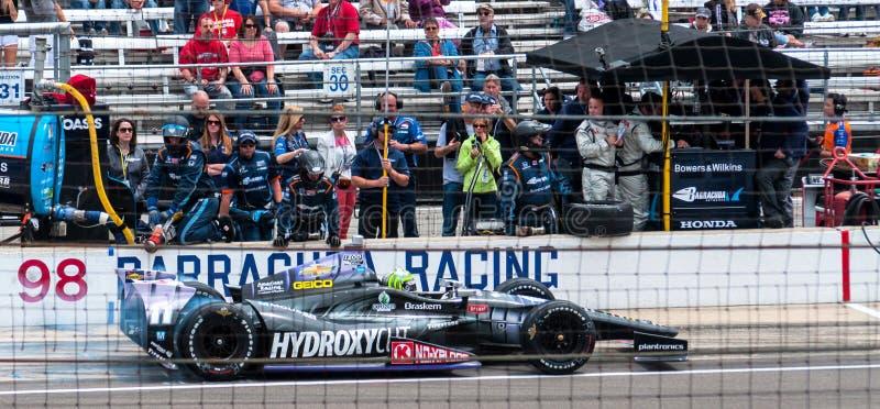 Tony Kanaans letzte Grube, bevor Indy 500 2013 gewonnen wird lizenzfreie stockfotografie