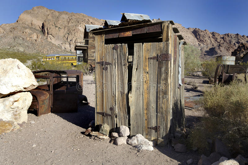 Tool shed in Nevada desert royalty free stock images
