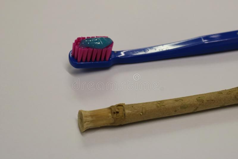 toothbrush Ручка Miswak Ручка Siwak Органическая зубная щетка стоковое фото