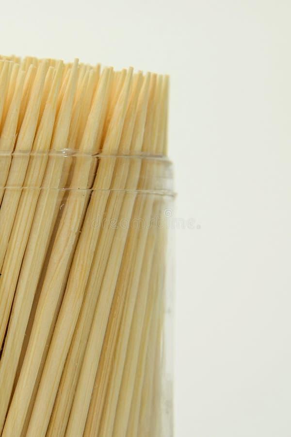 Toothpicks auf weißem Hintergrund lizenzfreies stockbild