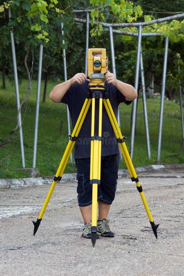 Topógrafo da terra foto de stock
