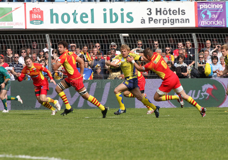 Download Top 14 Rugby Match USAP Vs ASM Clermont Auve Editorial Photography - Image: 9128462