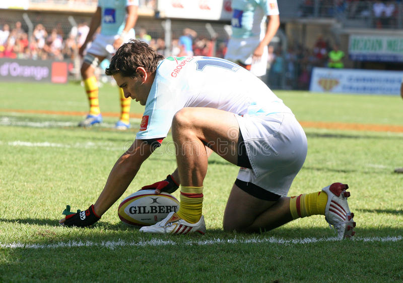 Download Top 14 Rugby Match USAP Vs Stade Toulousain Editorial Image - Image of catalans, france: 10715970