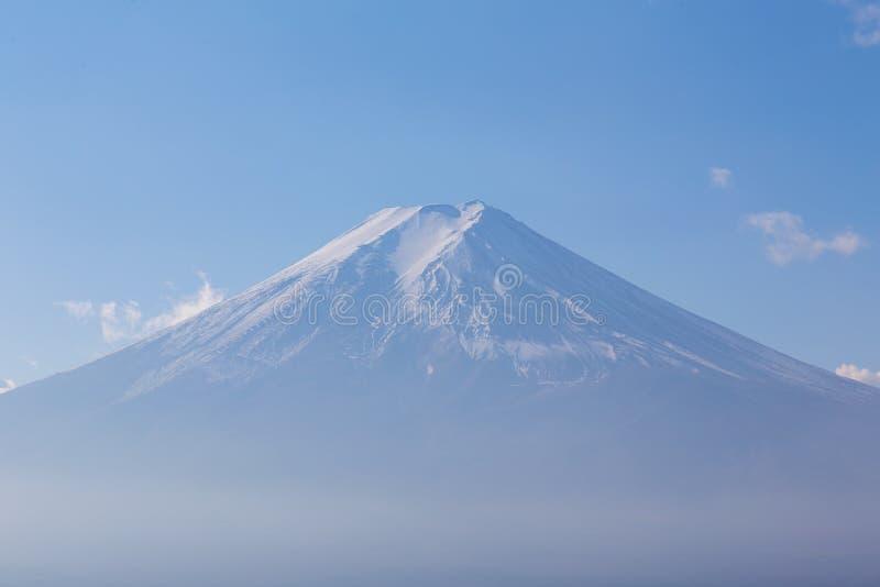 Download Top de la montaña Fuji imagen de archivo. Imagen de outdoors - 64205231