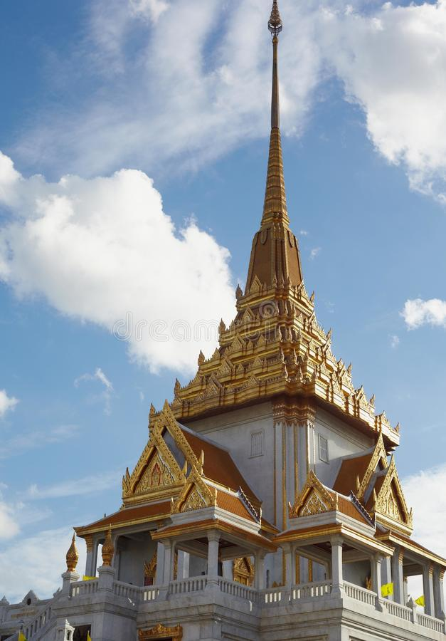 Download Top historical Wat Trimitr stock photo. Image of famous - 26096094