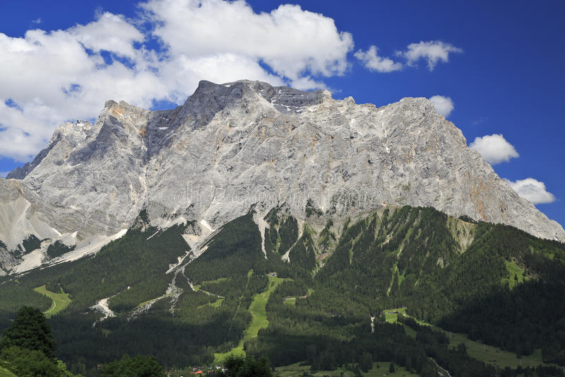 Top van Zugspitze royalty-vrije stock fotografie