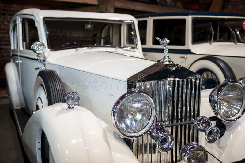 Topacz, Польша - 13-ое октября 2018: Винтажный ретро автомобиль 1938 Rolls Royc стоковые изображения