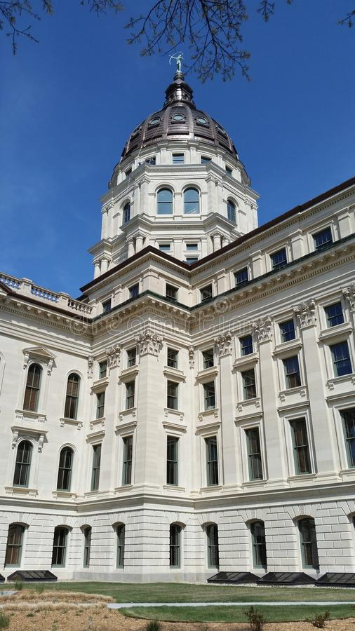 Topeka西部国会大厦的大厦 免版税库存照片
