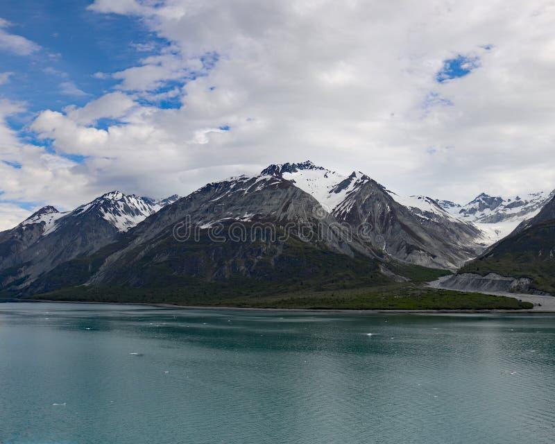 Topeka-glaciär i nationalpark och sylt för glaciärfjärd royaltyfri fotografi