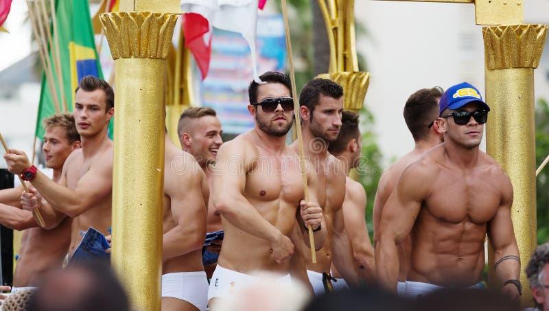 Aspania men naked photo