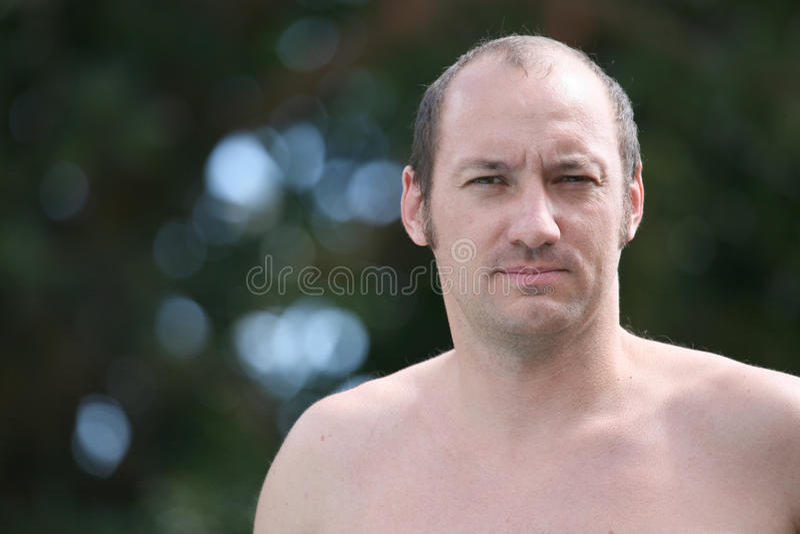 Toplesser Mann lizenzfreies stockbild