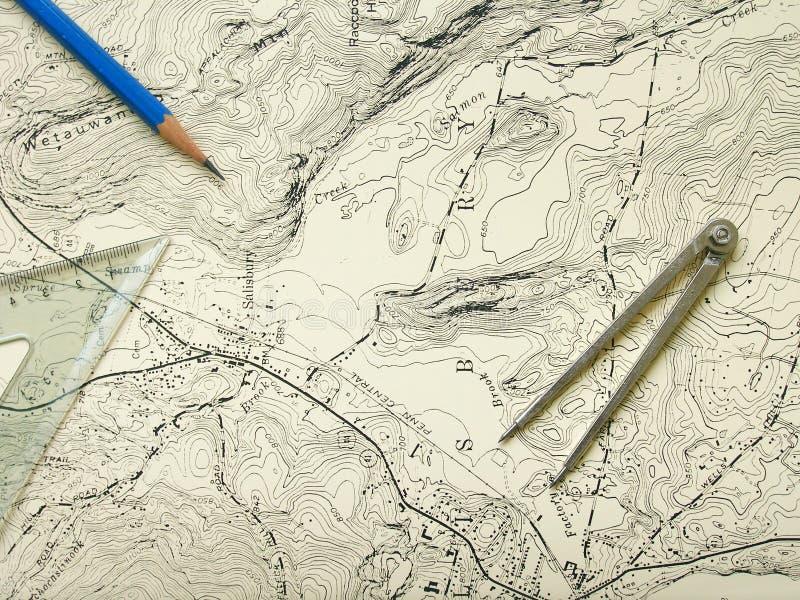 Topographiekarte mit Bleistift stockbilder