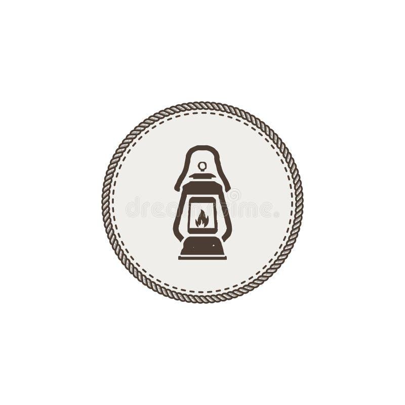 Toppa di campeggio d'annata della lanterna isolata su fondo bianco Retro lampada di gas con lo stoppino d'ardore del fuoco Vettor royalty illustrazione gratis
