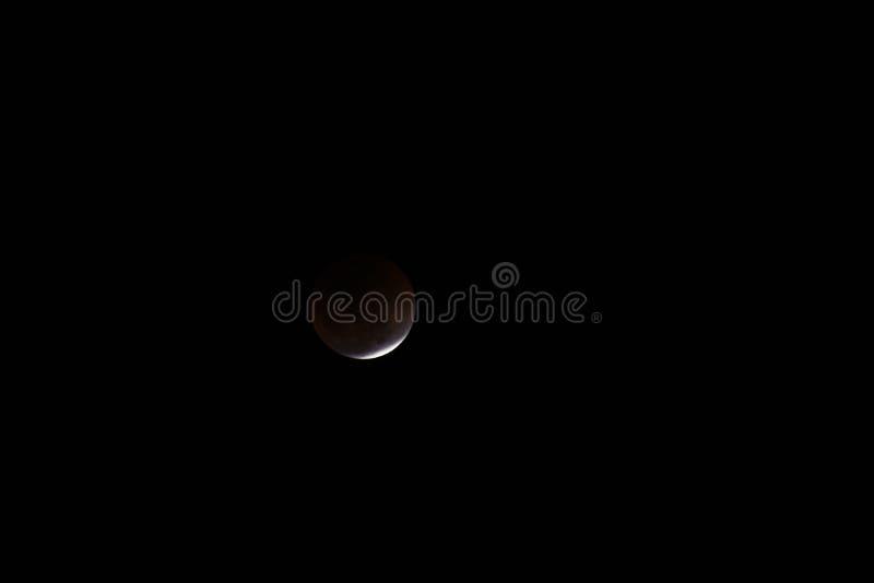 Toppen måne och månförmörkelse för blått blod arkivbilder