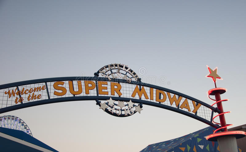 Toppet halvvägs tecken på Texas State Fair royaltyfri fotografi