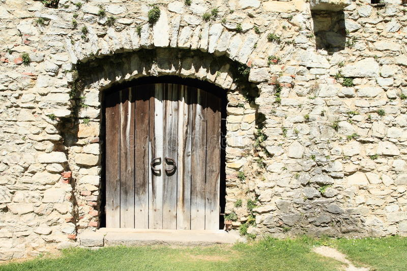 Tor auf Schloss Rabi lizenzfreies stockfoto