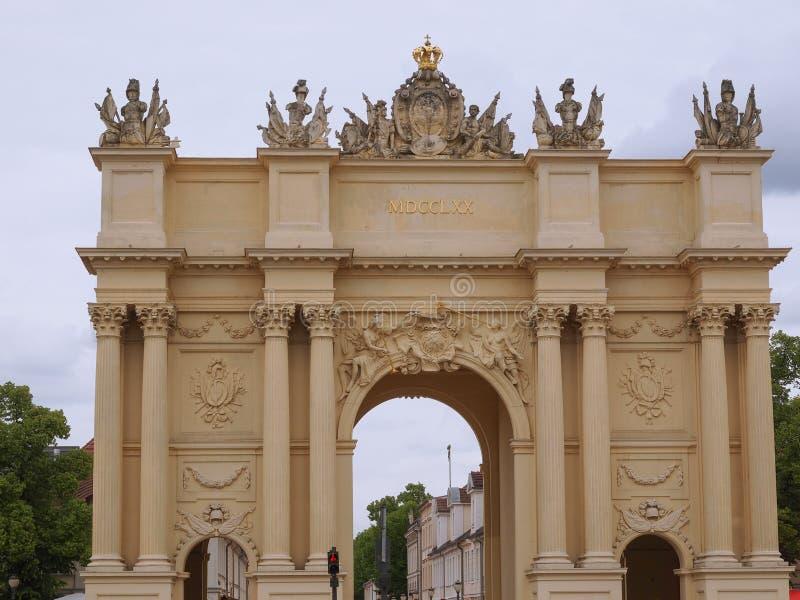 Tor de Brandenburger em Potsdam Berlim fotos de stock royalty free