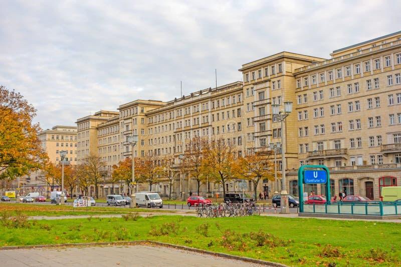 Tor de la salchicha de Francfort del distrito, Berlín-Friedrichshain fotografía de archivo