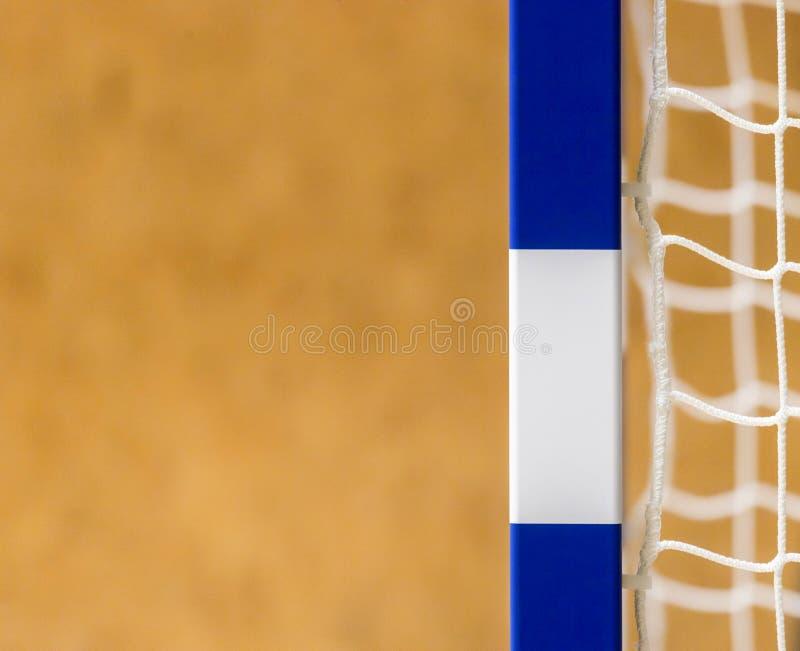 Tor für futsal oder Handball in der Turnhalle Detail des Torrahmens und -netzes Fußball- oder Handballspielplatz im Freien lizenzfreie stockbilder