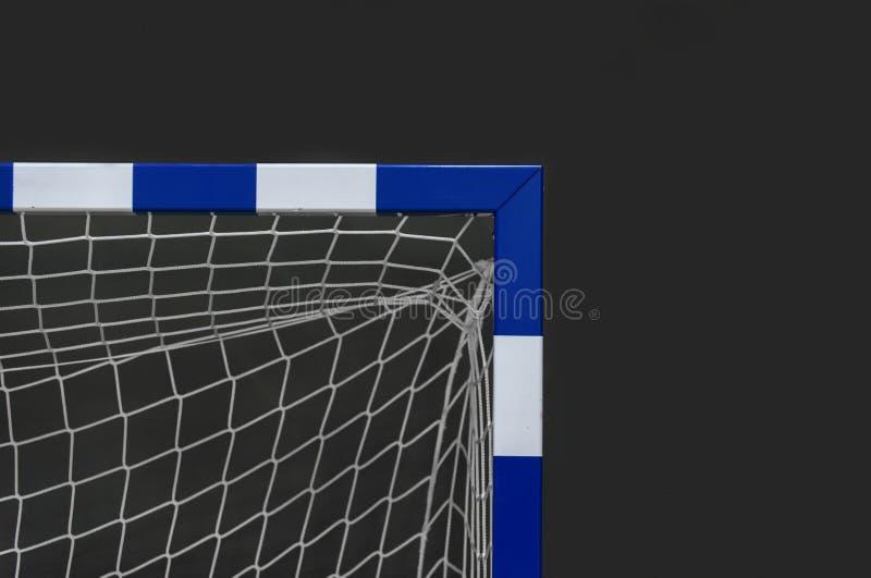 Tor für futsal oder Handball in der Turnhalle Detail des Torrahmens und -netzes Fußball- oder Handballspielplatz im Freien lizenzfreie stockfotografie