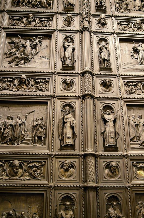 Tor von Kathedrale St. Isaacs stockfotografie