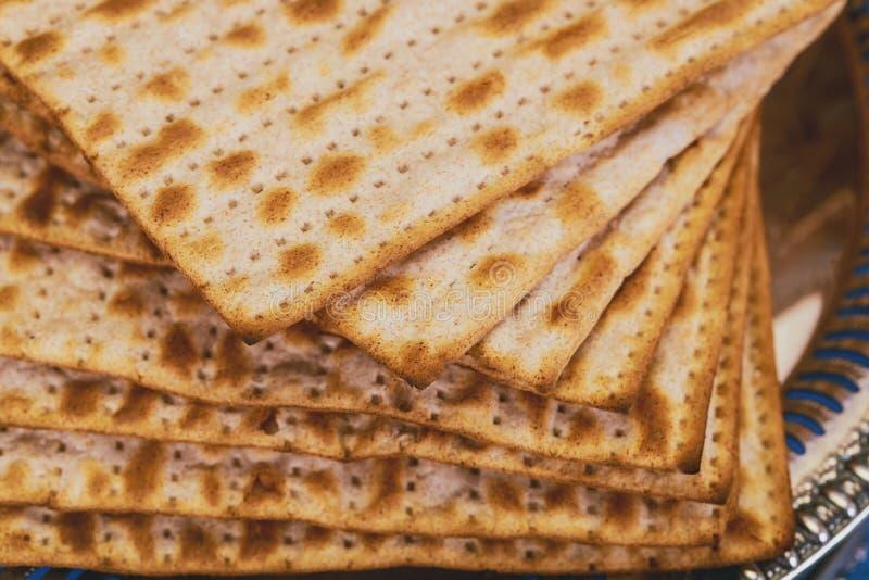 torah judío del pan del passover del matzoh de la celebración del matzoth del día de fiesta fotografía de archivo