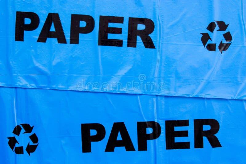 Torba na śmiecie dla recyclable papieru obraz royalty free