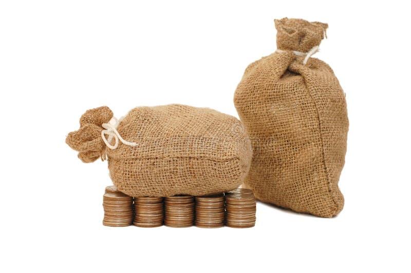 Download Torba Ukuwać Nazwę Pieniądze Obraz Stock - Obraz złożonej z brąz, monety: 13339933