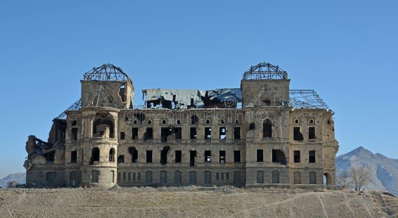 Torbogen in Darul Aman Palace, Afghanistan stockfoto