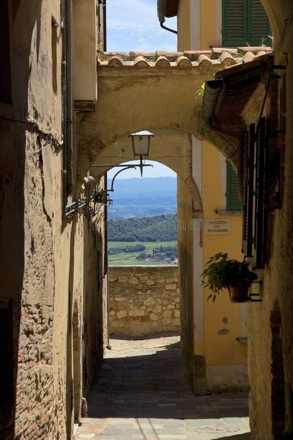 Torbogen, Toskana, Italien stockfotos