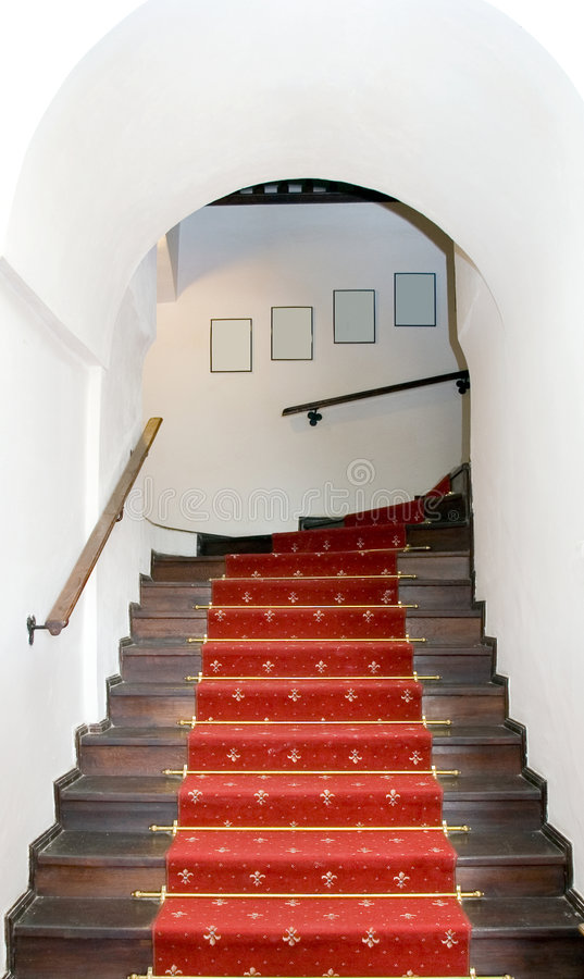 Torbogentreppenhaus. lizenzfreies stockbild