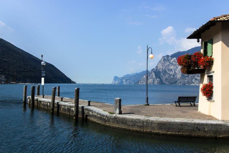 Torbole auf See Garda in Italien lizenzfreie stockfotografie
