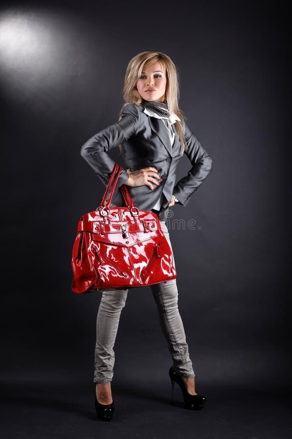 Download Torby czerwieni kobieta obraz stock. Obraz złożonej z torba - 13340209