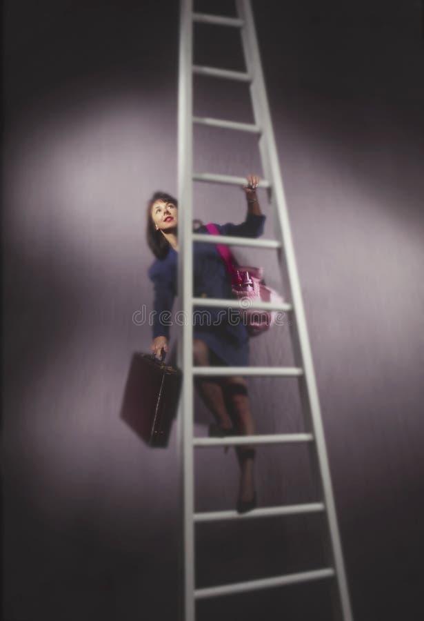 torby pieluchy drabiny biznesowej kobieta zdjęcie stock
