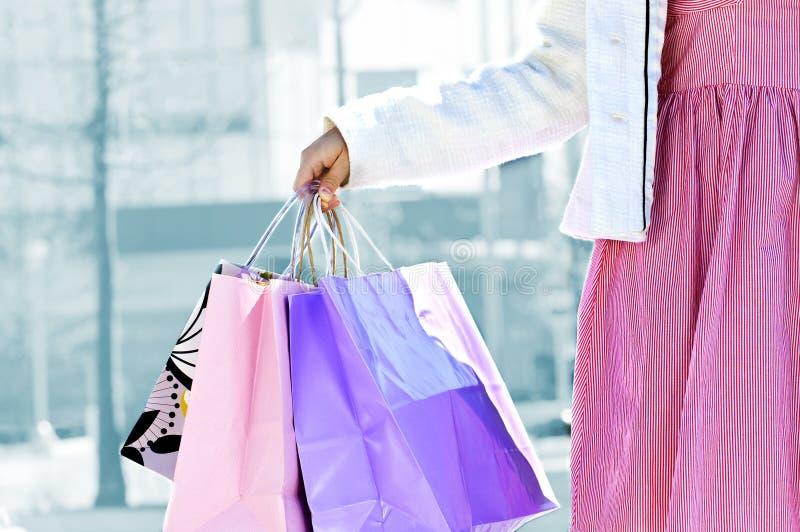 torby target626_1_ zakupy kobiety zdjęcia royalty free