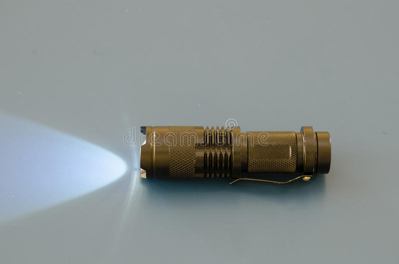 Torche ou lampe-torche image libre de droits