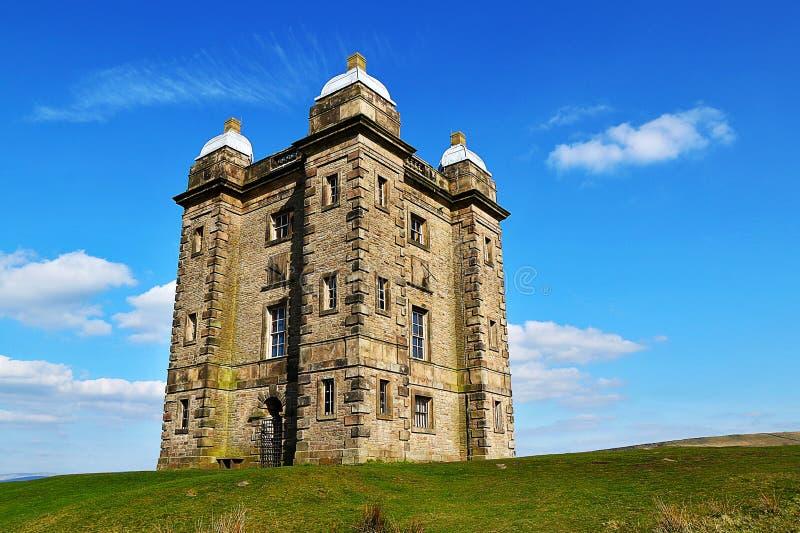 Toren bij Lyme-Park, Noordwestenengeland royalty-vrije stock afbeeldingen