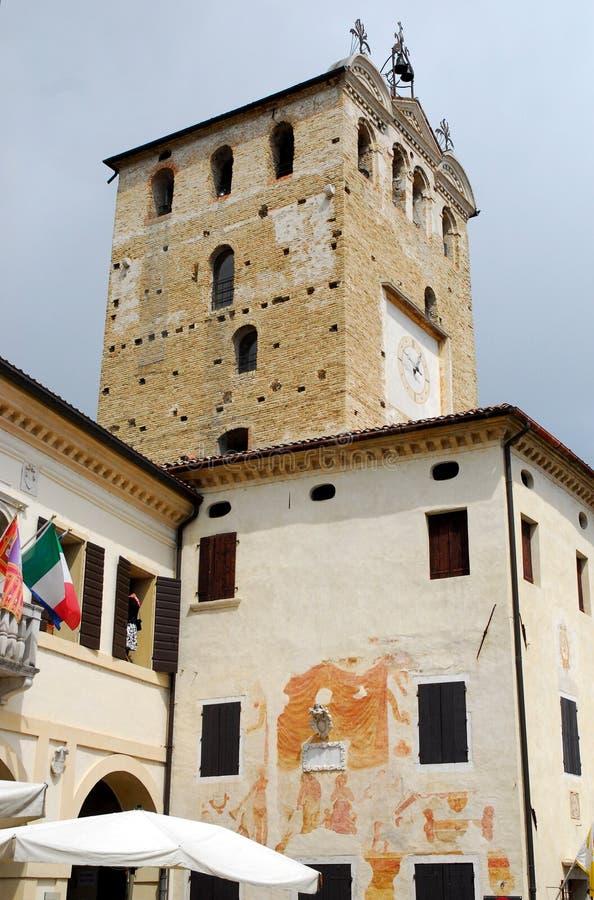 Toren en Stadhuis in Portobuffolè in de provincie van Treviso in Veneto royalty-vrije stock fotografie