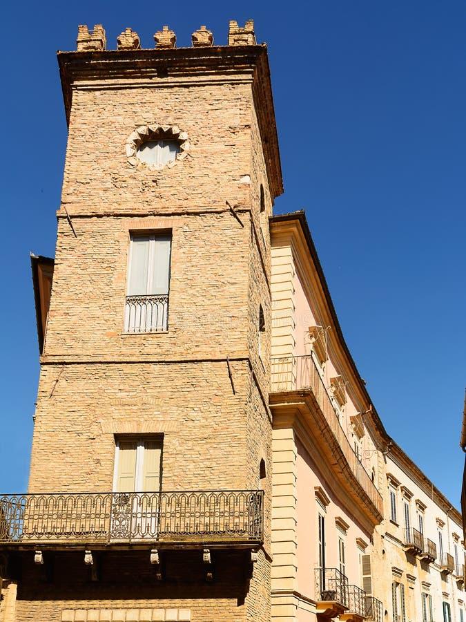 Toren in historisch centrum van Chieti & x28; Italy& x29; stock afbeelding