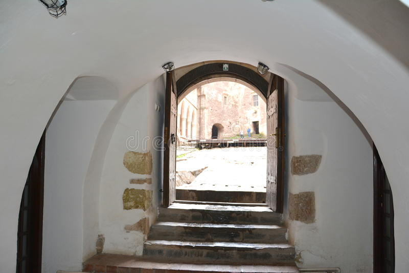 Toren in Hunedoara-Kasteel, genoemd Corvin-Kasteel in Transilvania royalty-vrije stock fotografie