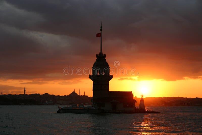 Toren-Istanboel-Turkije van het meisje royalty-vrije stock foto