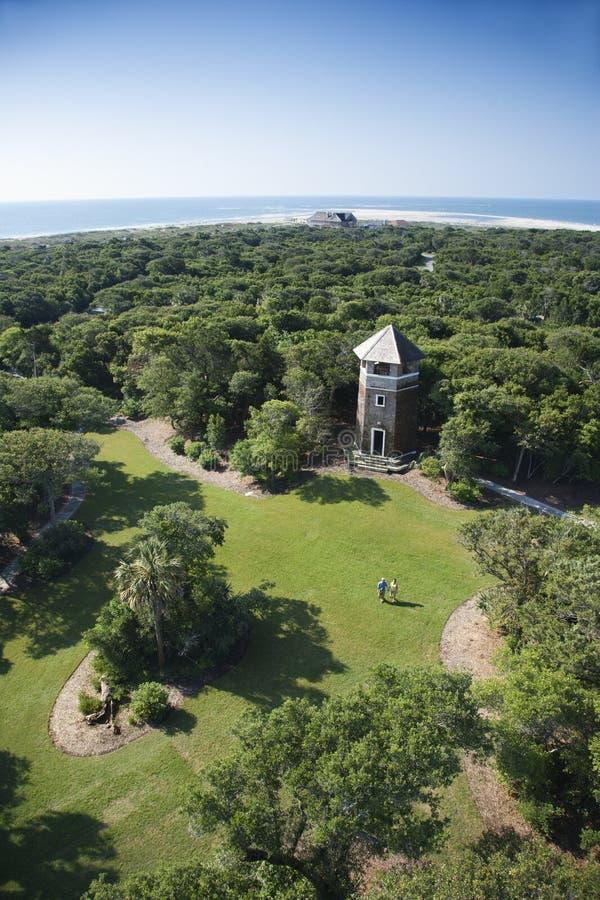 Toren in park. royalty-vrije stock afbeelding